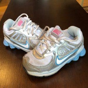 Toddler girl size 6 Nike sneakers